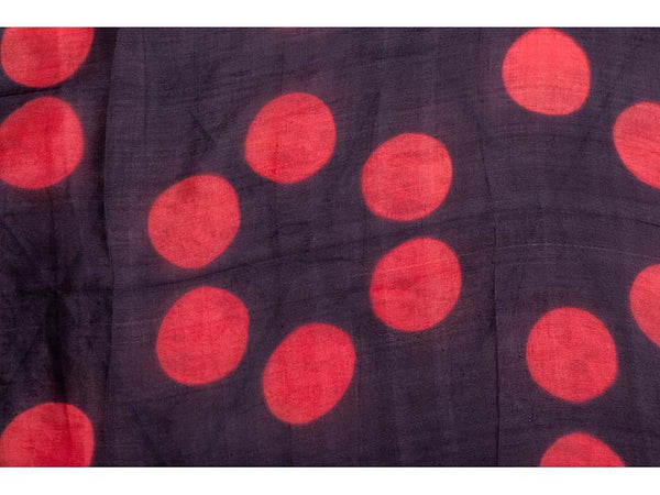 Clamp-Dye Silk Stole Black And Red For women - ahmedabadtrunk.in