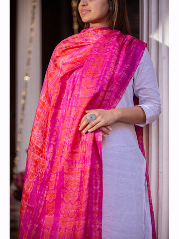 Tussar Silk Shibori Dupatta Pink And Red For women - ahmedabadtrunk.in