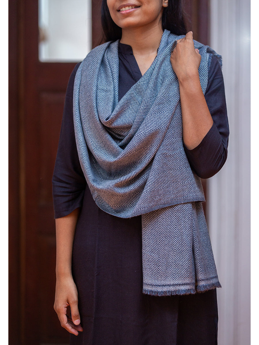Woolen Shawl For Men And Women - ahmedabadtrunk.in