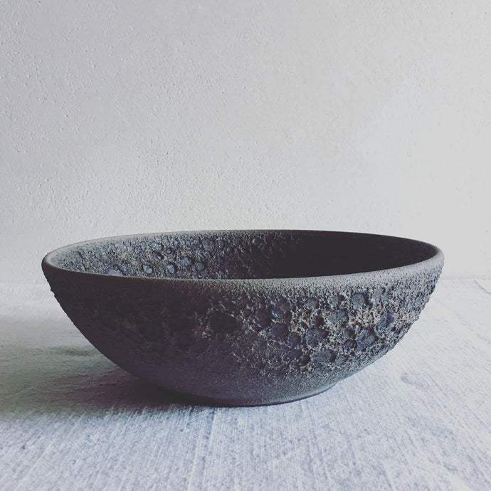 stoneware bowl gray evffect volcanic, lunatick collection, handmade ceramics by Carola Barroch, Ibiza, contemporary ceramics art
