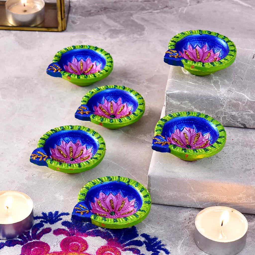 Floral Set Of 6 Traditional Clay Diyas