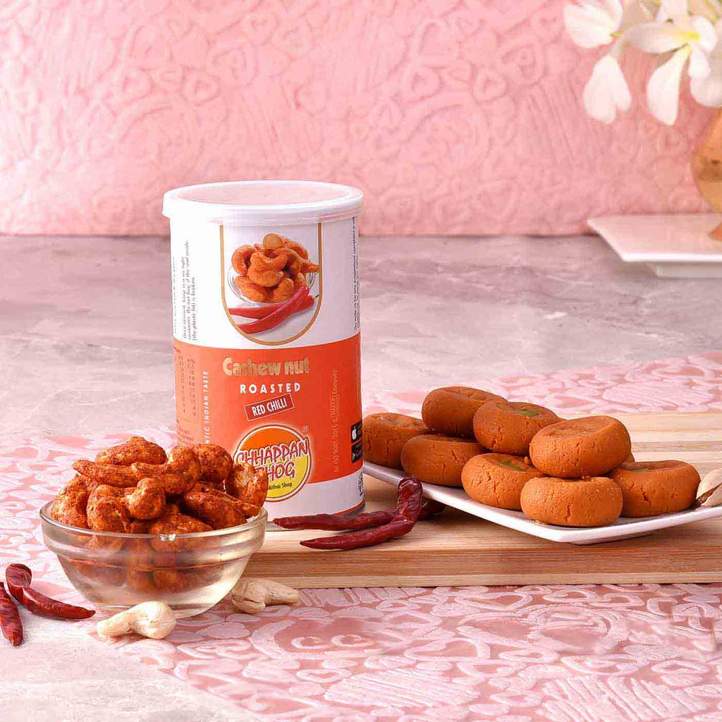 Delightful Hamper Of Kesar Peda With Cashewnuts