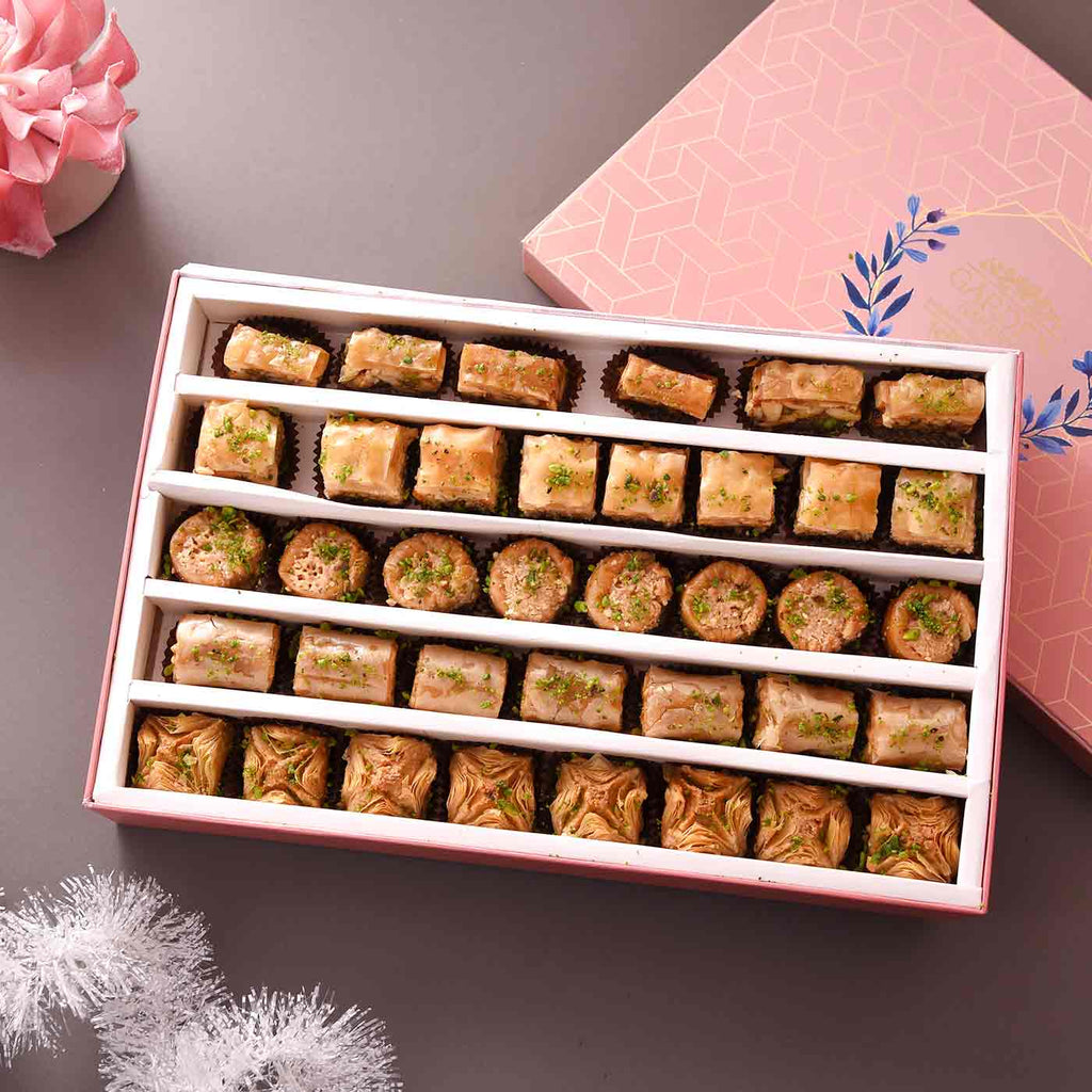 Delicious Baklava Tart Box