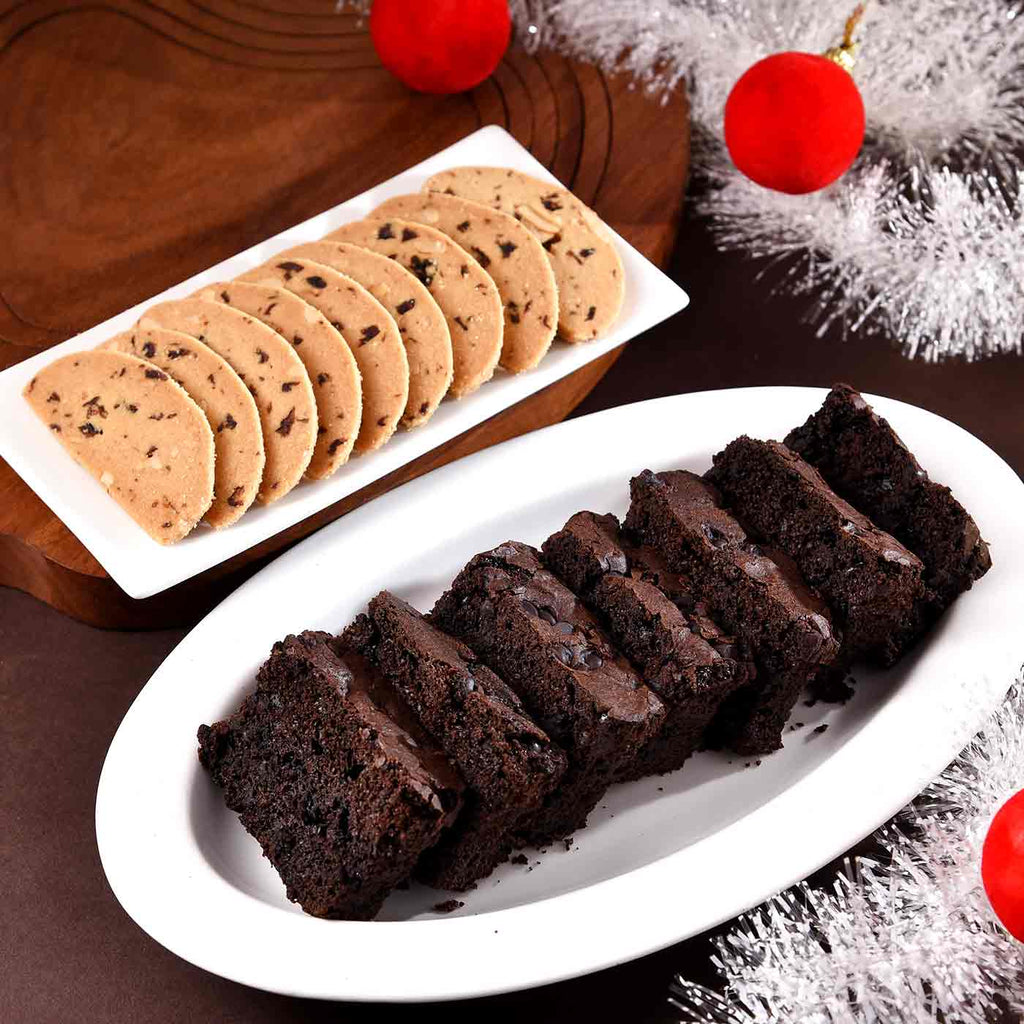 Flavorsome Cranberry Biscotti With Choco Chip Cake