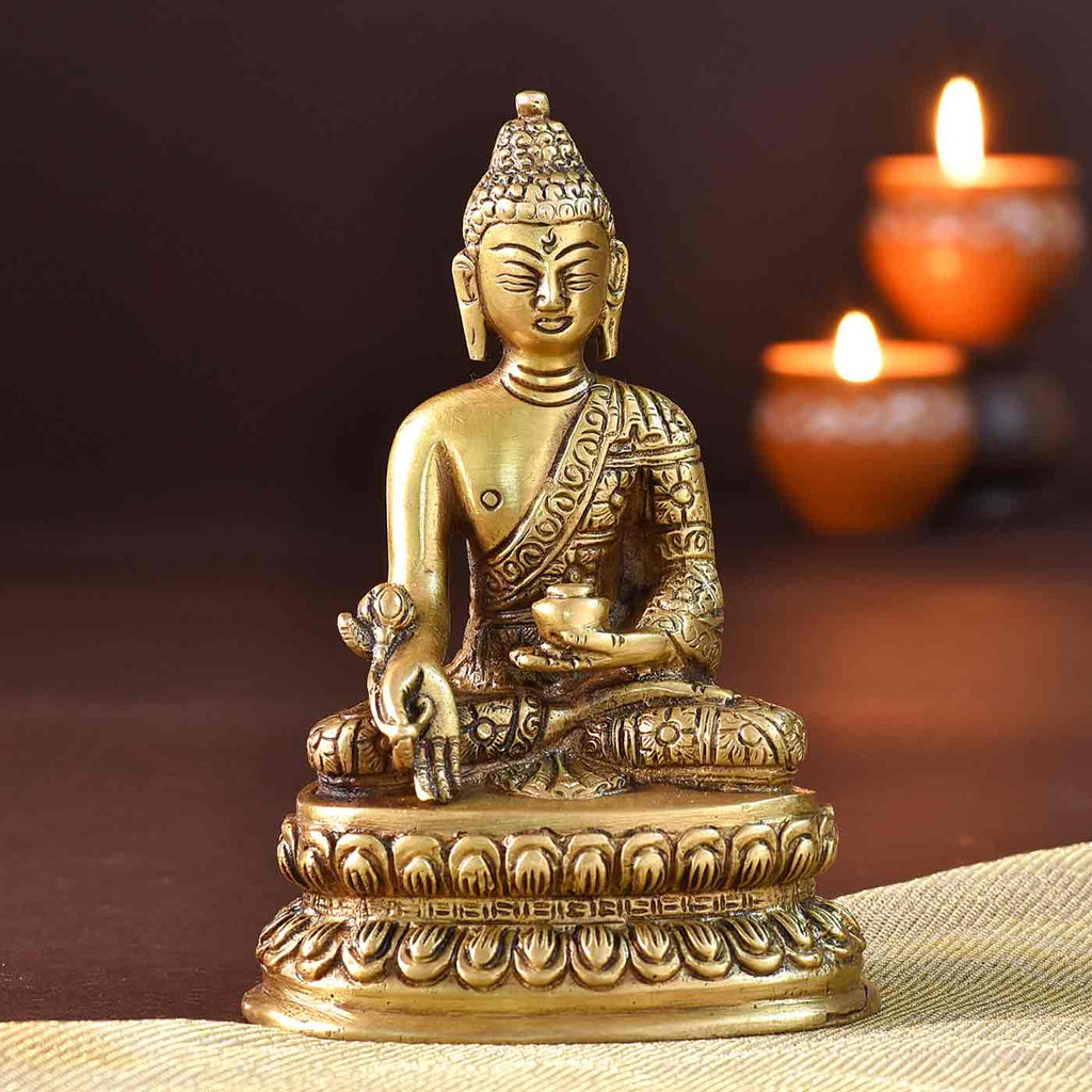 Tranquail Buddha On Lotus Brass Idol