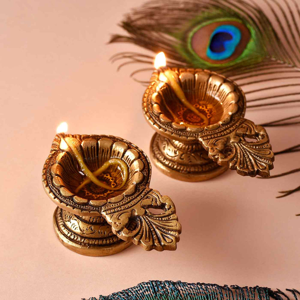 Tranquail Set Of 2 Brass Diyas
