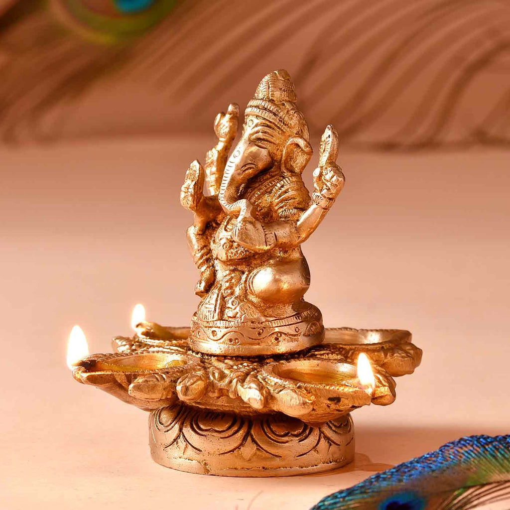 Lord Ganesha 4 Sided Diya Brass Idol