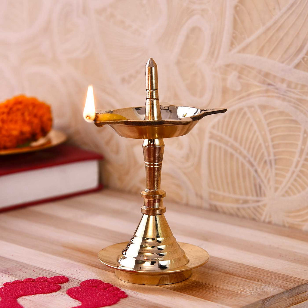 Golden Finish Mysore Batti Deep (11 cm / 4.5 Inches)