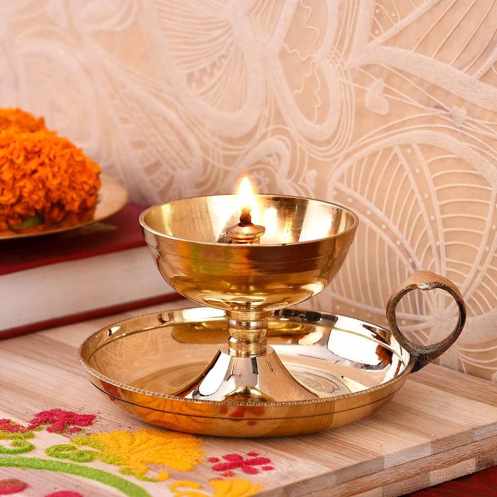 Nanda Sampat Brass Deep With Handle (10 cm / 2.5 Inches)