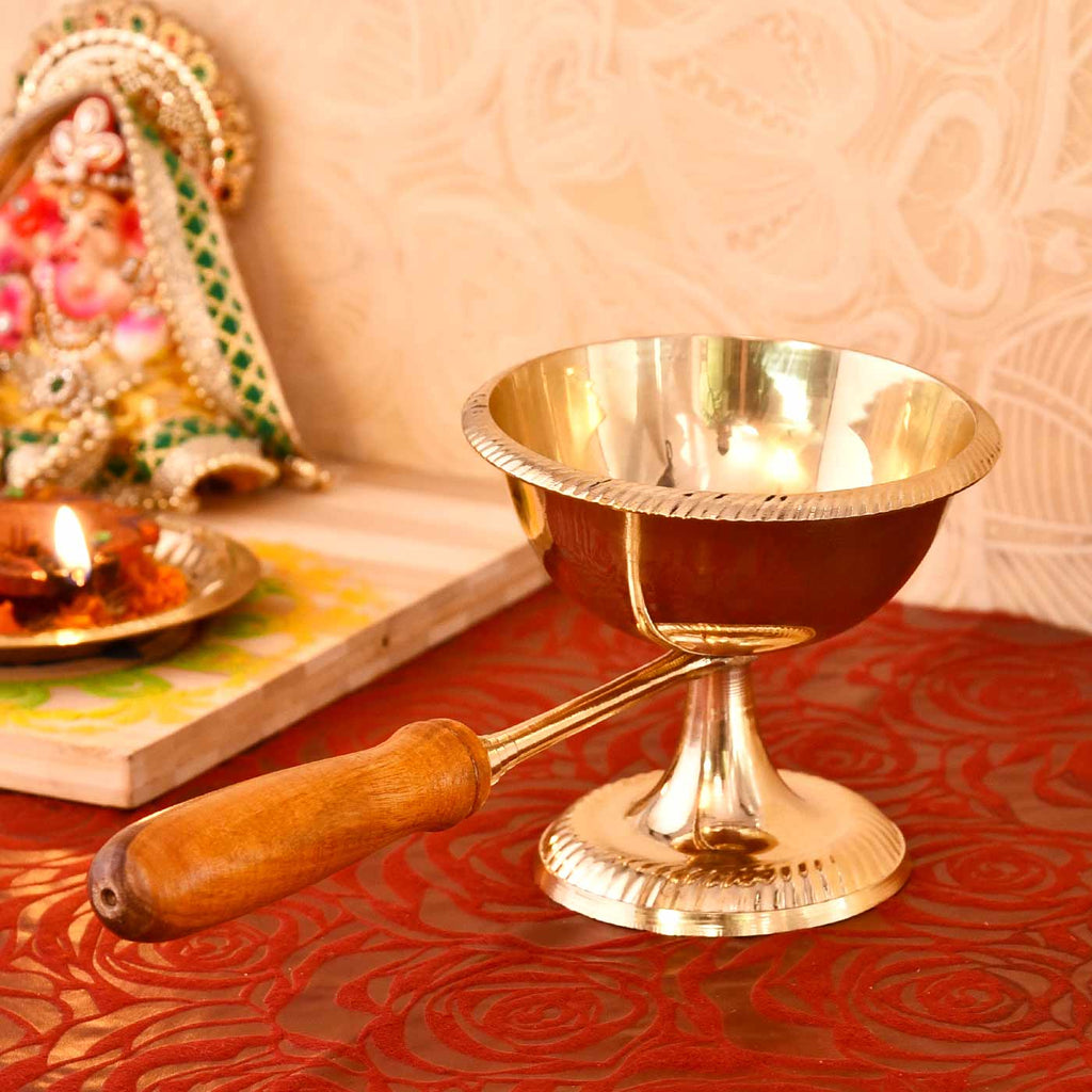 Gulab Aarti Wooden Handle Special Deep (10 cm / 4 Inches)
