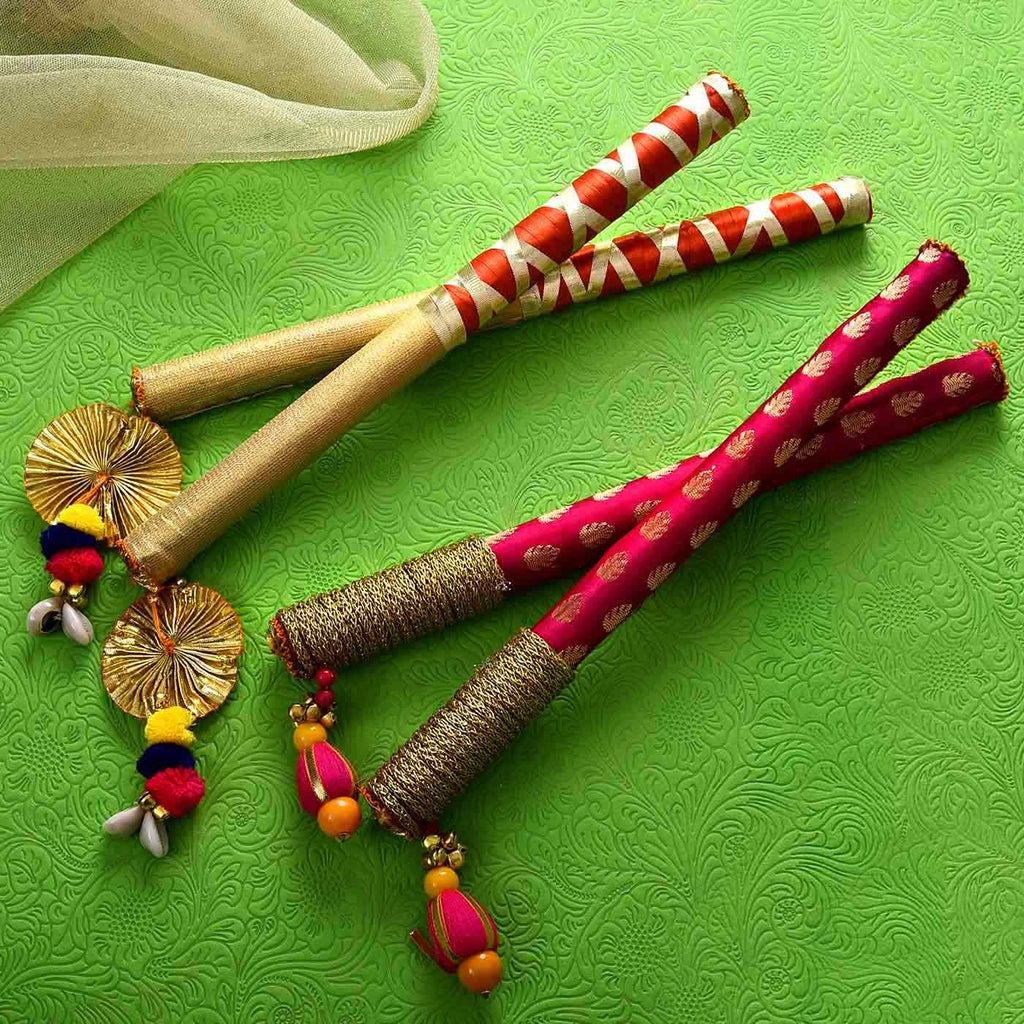 Beautiful 2 Pairs of Dandiya Sticks