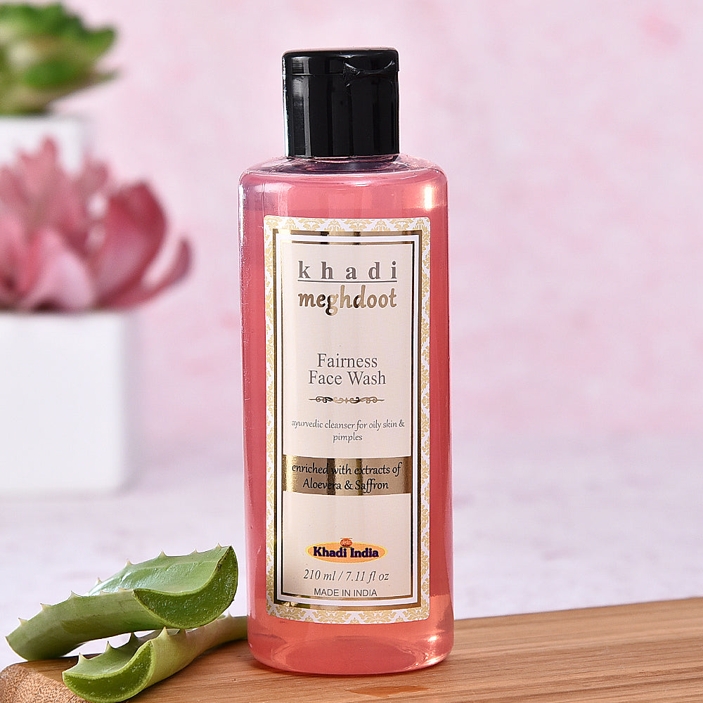 Khadi Fairness Face Wash