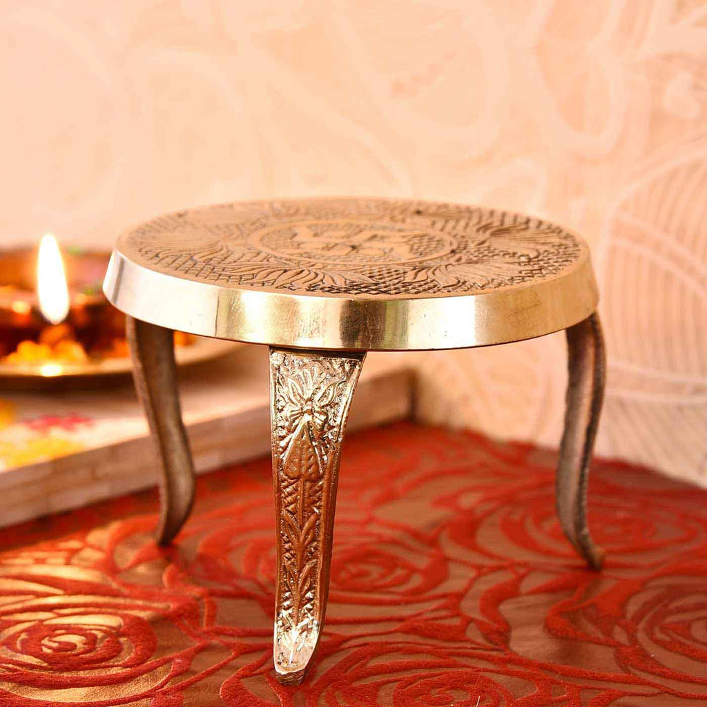Handcrafted Traditional Brass Mukkali Stand (3 Inches)