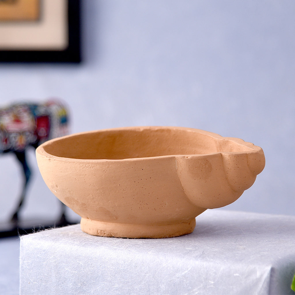 Shell Carve Terracotta Pot