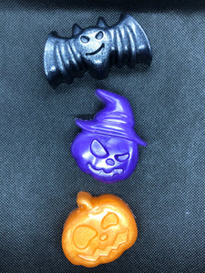 Cute Hallowe'en Soaps with a Bat (pack of 3)