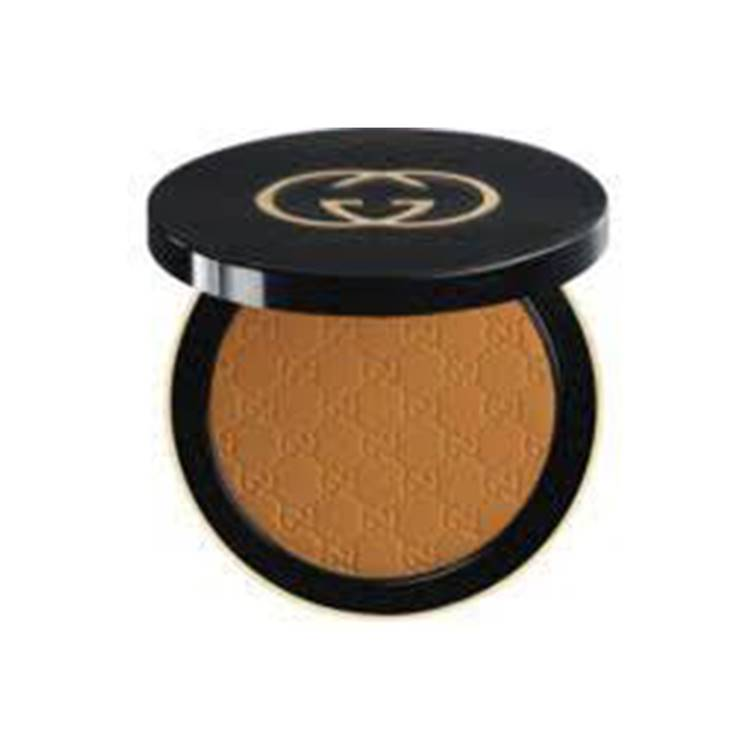Gucci Satin Matte Powder Foundation-150