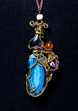 Necklace with long blue gemstone - African Collection