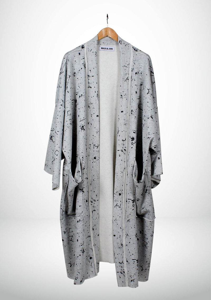 Elegant Gray Kimono with Large Pockets - African Collection
