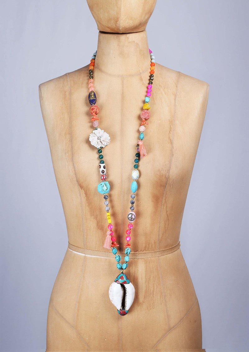 Long Colorfull Necklace with an Artisanal Shell - African Collection