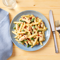 Chicken Penne with Creamy Ranch Sauce, Uncured Bacon & Green Beans
