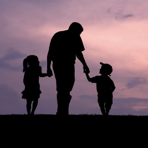 Father's Day | Gift choices for our hero fathers | FeelHeal.me