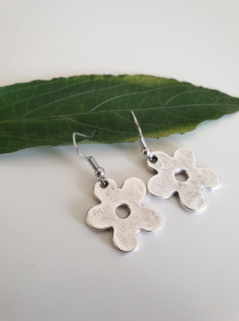 Daisy Earrings | FeelHeal.me