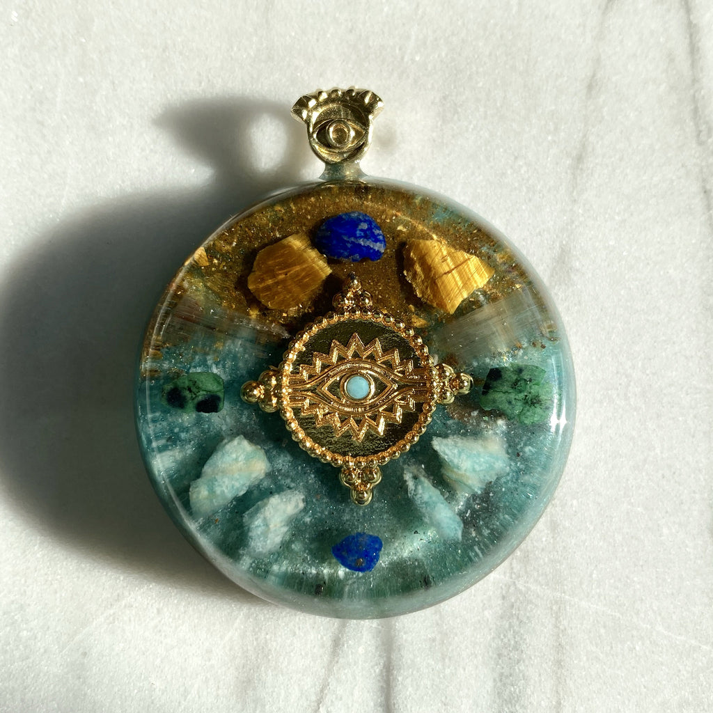Eye Orgonite Necklace | FeelHeal.me
