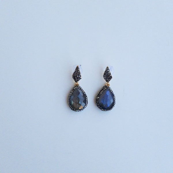 Labradorite Earring with Zircon Details | FeelHeal.me