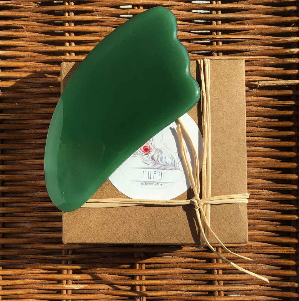 Agate Gua Sha Facial Massage Stone (Green) | FeelHeal.me