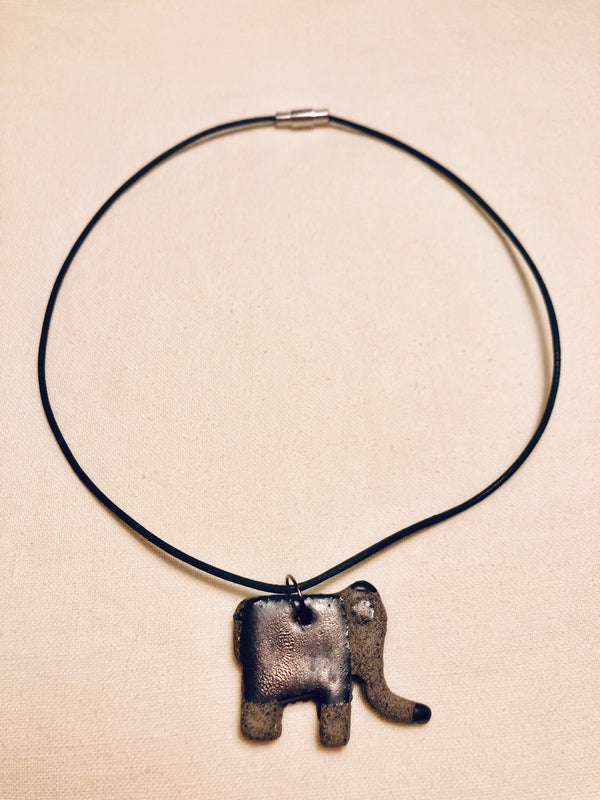 Collier' Elephant Necklace | FeelHeal.me
