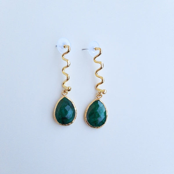 Bronze Earring with Emerald Stone | FeelHeal.me