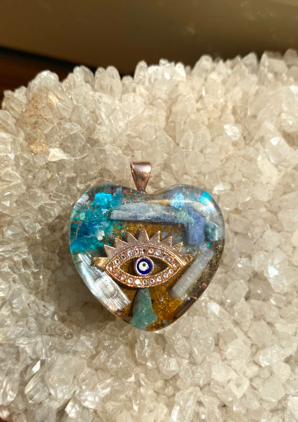 Eye Orgonite Mini | FeelHeal.me