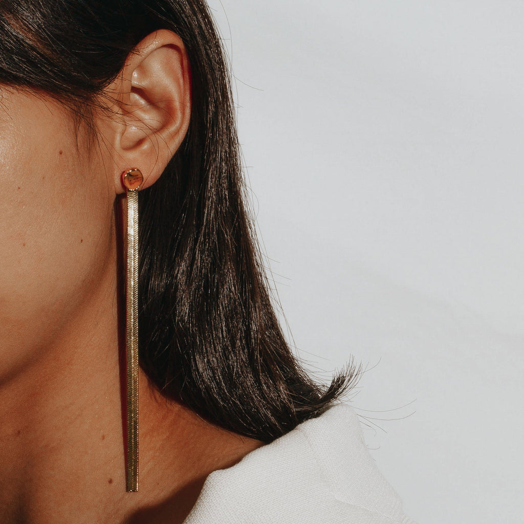 CINCH | Quartz & Herringbone Chain Earrings