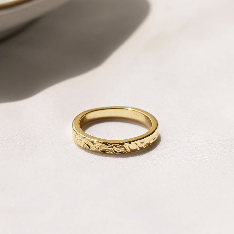 wedding party gold ring