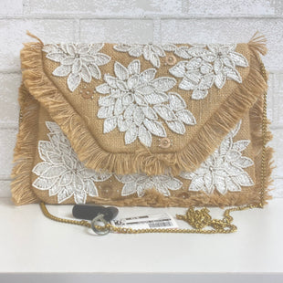 Primary Photo - BRAND:    CLOTHES MENTOR STYLE: CLUTCH COLOR: BEIGE SKU: 159-159254-638