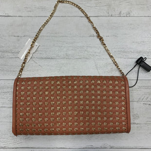Primary Photo - BRAND: URBAN EXPRESSIONS STYLE: CLUTCH COLOR: TAN SKU: 159-159232-6570LIGHT WEAR - SEE PICS