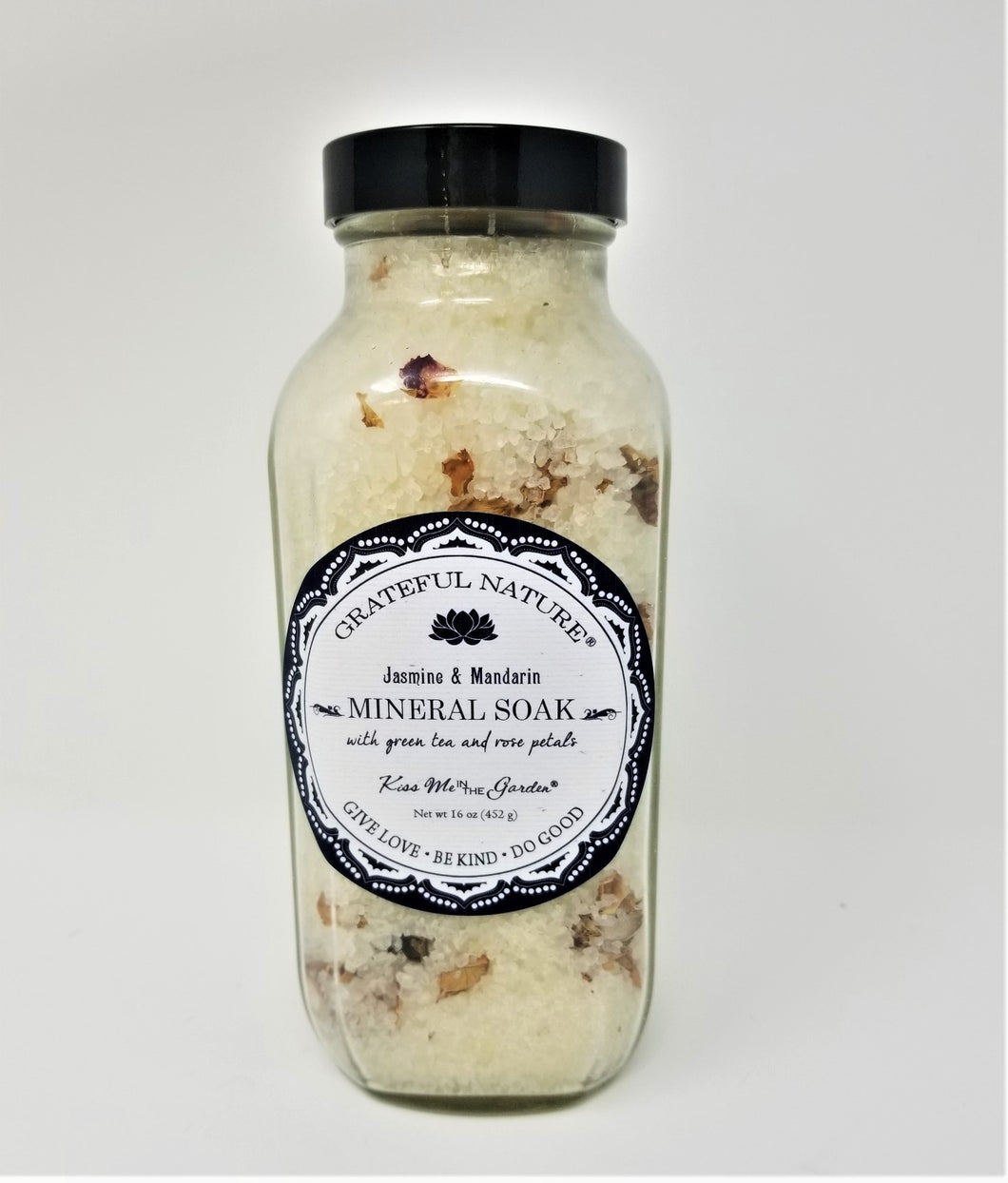 Kiss Me in The Garden - Grateful Nature Collection- Mineral Bath Salt Soak 16 OZ- KISS00051