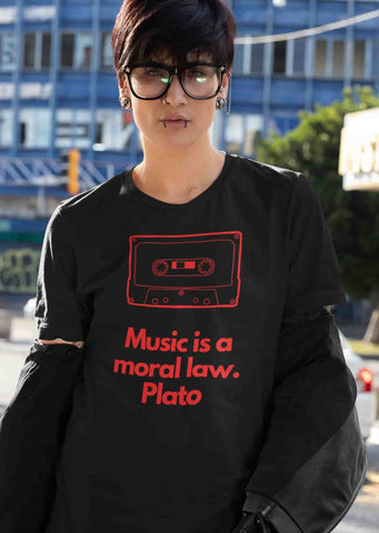 Organic T shirt with quote about music
