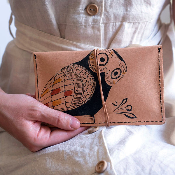 the owl small leather pouch, pencil case, tobacco case is a great Gift for a philosopher