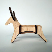 Load image into Gallery viewer, The bull small 3d plywood puzzle side view