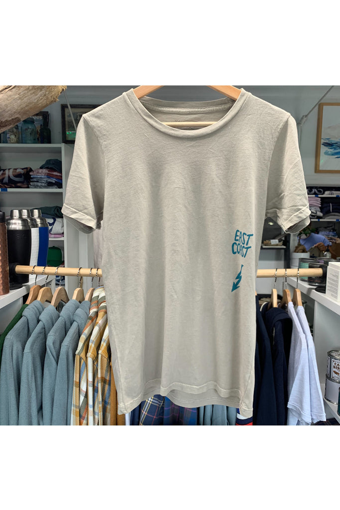 "The Girt The Girt - ""Beach Towns 2020"" Tee - Khaki Gray"