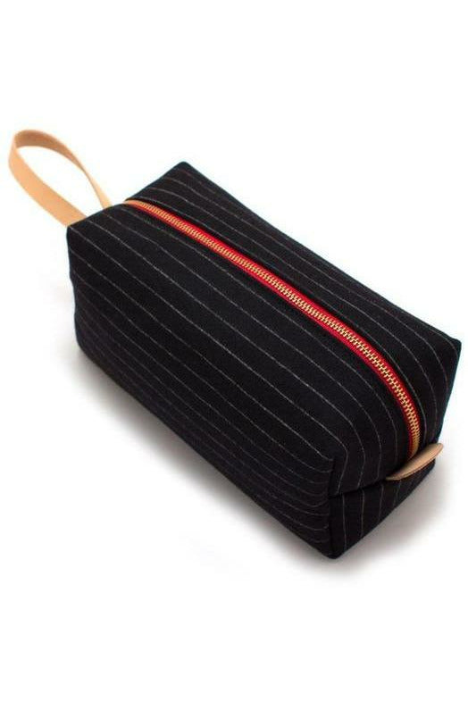 General Knot General Knot - Charcoal Stripe Wool Travel Kit Black