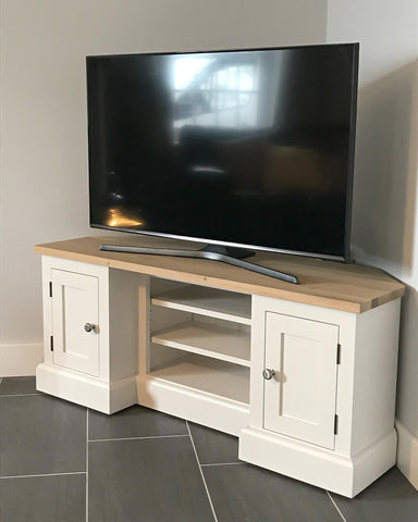 Farmhouse Corner TV Cabinet