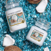 Load image into Gallery viewer, COCONUT SPLASH Candle- Classic Jar
