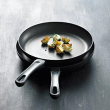 Load image into Gallery viewer, Classic Induction Fry Pan In Sleeve