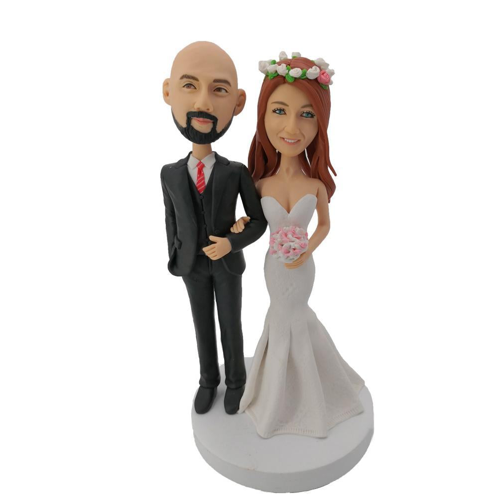 Holding hands wedding custom bobblehead