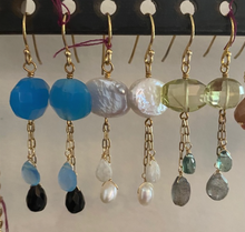 Load image into Gallery viewer, Semi Precious Dangle Earring