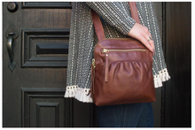 Load image into Gallery viewer, Becca Zip Top Crossbody