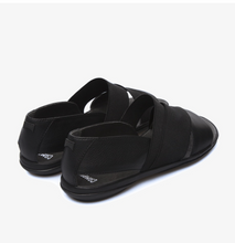Load image into Gallery viewer, Camper Right Sandal