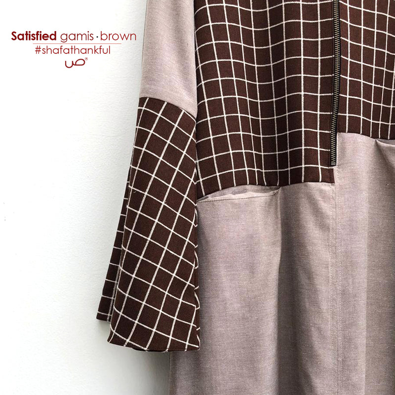 Satisfied Gamis Brown